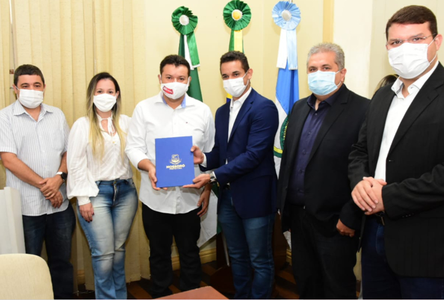Prefeitura de Mossoró entrega certificado SISBI/POA a empresas mossoroenses