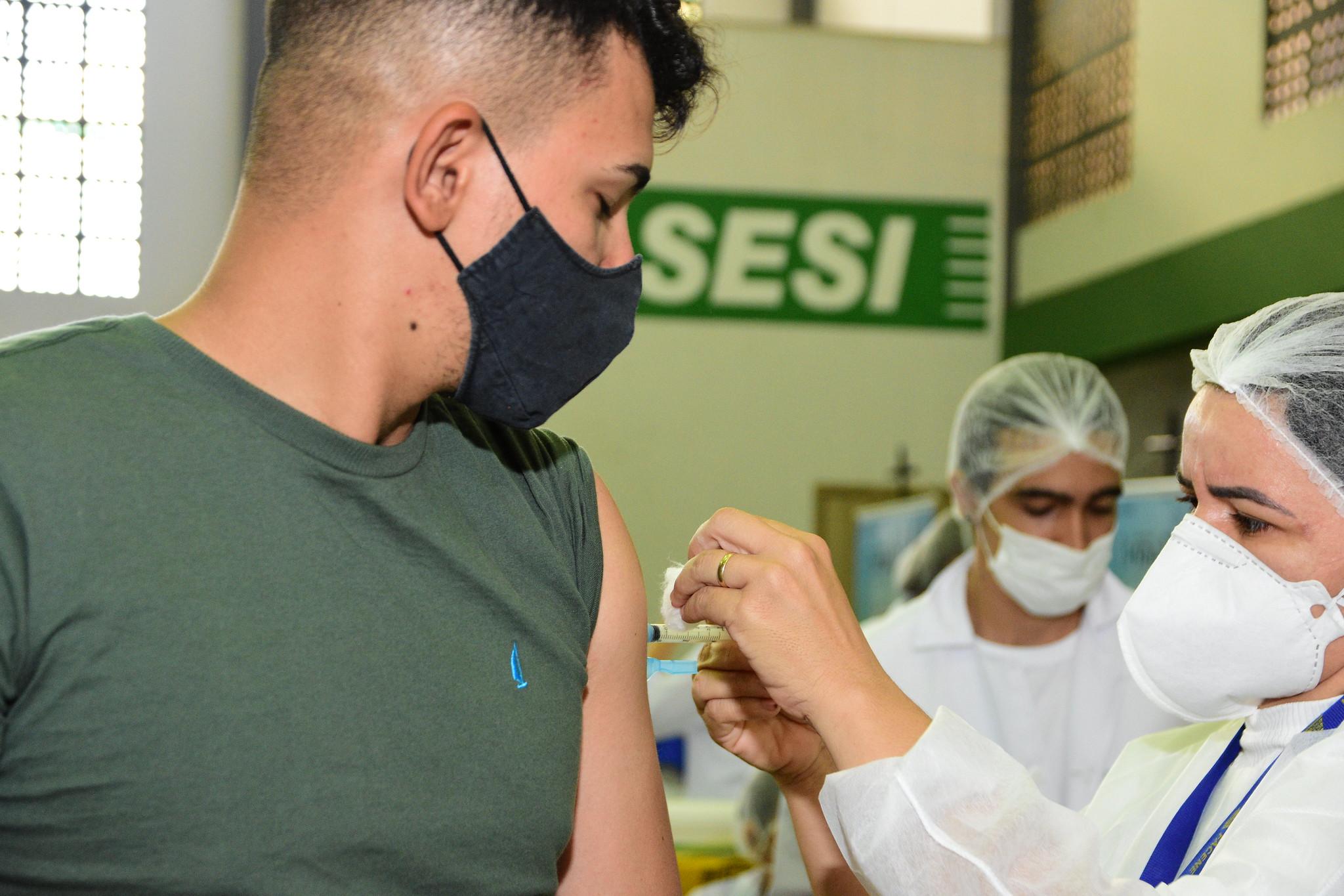 Covid-19: Mossoró inicia vacinação de adolescentes de 16 anos sem comorbidades