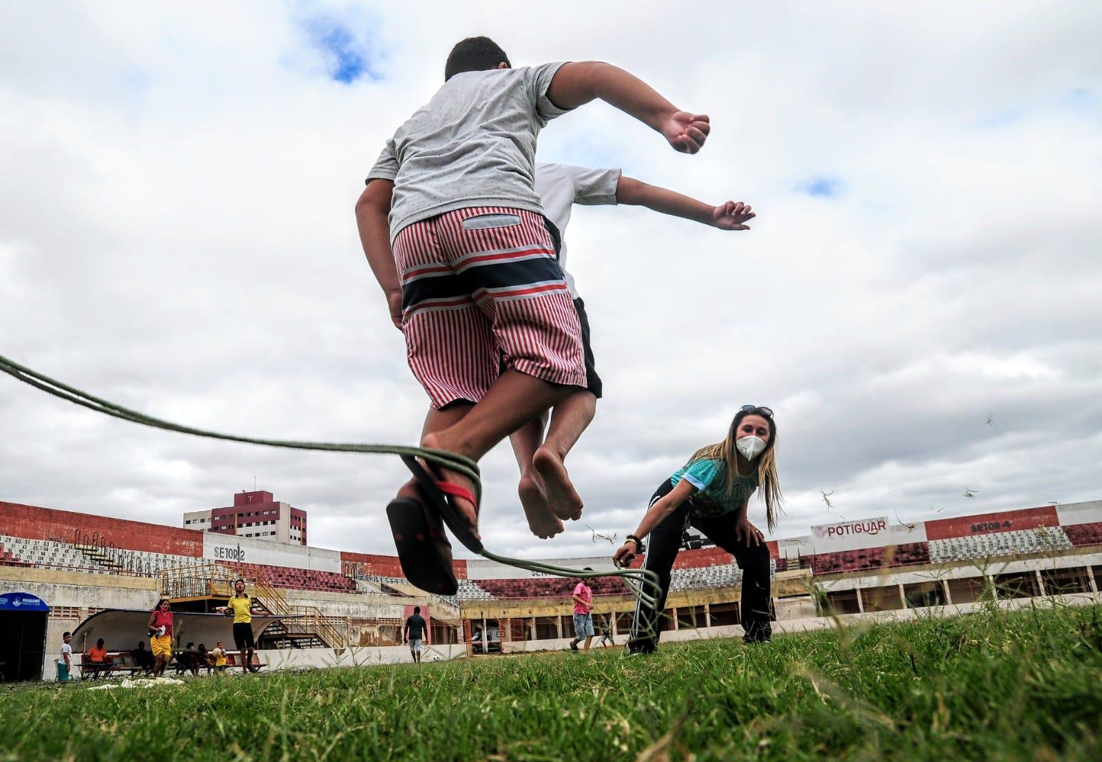 Crianças ocupam o estádio Nogueirão neste sábado para o CrossFit Kids